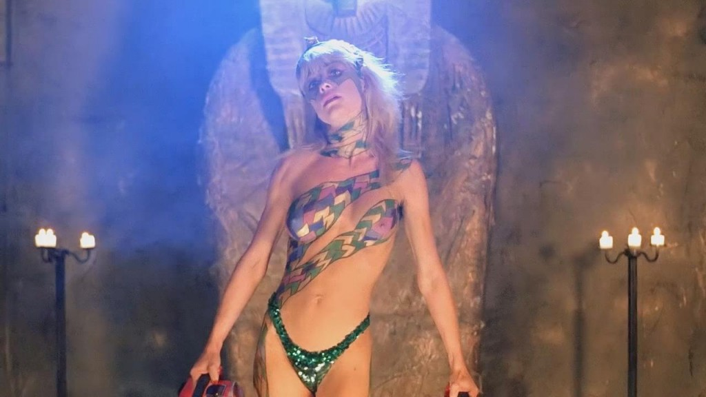 linnea quigley workout