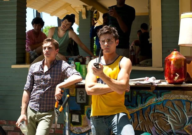 Dave Franco and Zac Efron in Neighbors