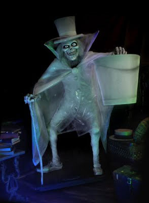 UPDATE: Guillermo del Toro Takes on The Haunted Mansion ...