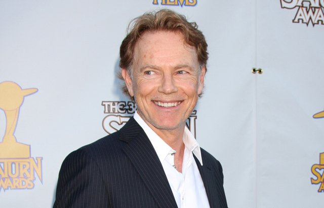 Bruce Greenwood has joined the cast of American Crime Story The People V. O.J. Simpson.