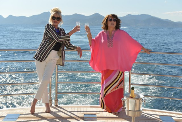 Absolutely Fabulous Movie Begins Filming with Jennifer Saunders & Joanna Lumley.