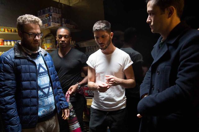 """L-r, Seth Rogen, Antohy Mackie, Director Jonathan Levine and Joseph Gordon-Levitt on the set of Columbia Pictures' """"The Night Before."""""""
