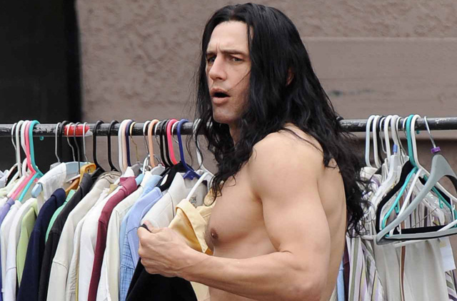 James Franco Goes Shirtless, Flaunts Abs for 'Catastrophe Artist'