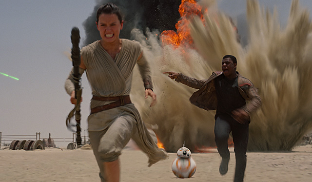 Star Wars: The Force Awakens Blasts Off with a Record $120.5 Million!