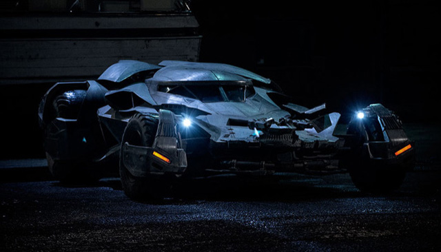 Batmobile Clip from Batman v Superman: Dawn of Justice.