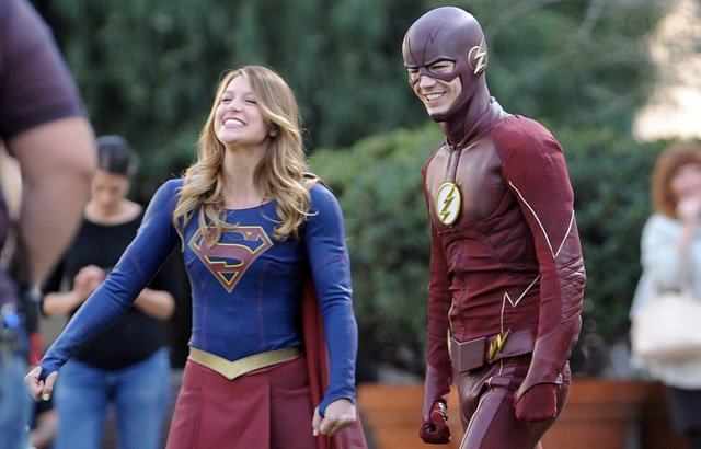 Photos from the Set of The Flash and Supergirl Crossover