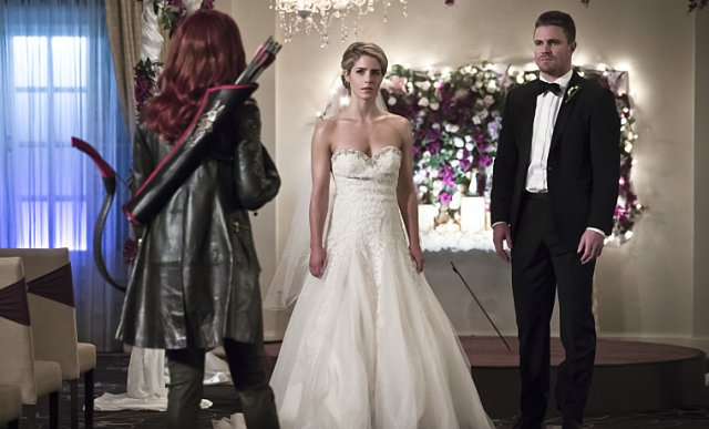 Cupid Returns and Somebody's Getting Pretend Married in Arrow Episode 4.16 Photos.
