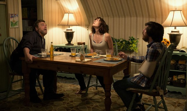 New 10 Cloverfield Lane Photos Released.