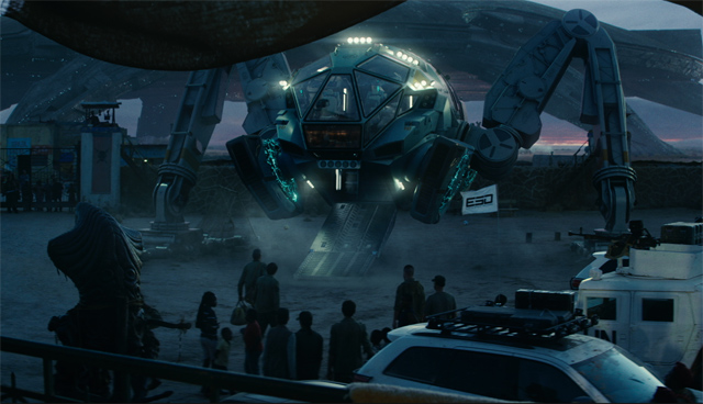 Exclusive Look at the Space Tug in Independence Day: Resurgence!