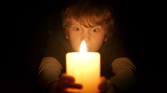 Check out 25 new Lights Out stills.