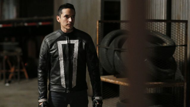 Marvel's Agents of SHIELD Season 4 Premiere Photos and Synopsis!