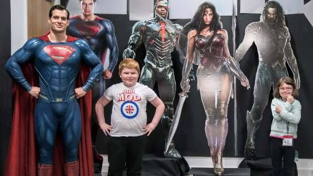Henry Cavill Welcomes Make A Wish Kids to the Set of Justice League