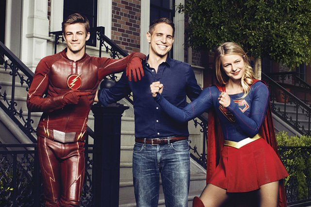 Greg Berlanti on the Flash/Supergirl Musical, Four-Show Crossover
