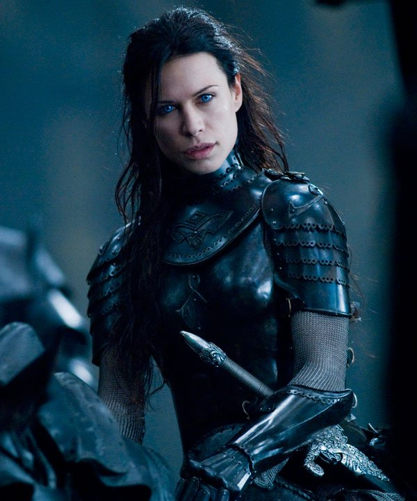 Rhona Mitra also plays one of the important Underworld characters.