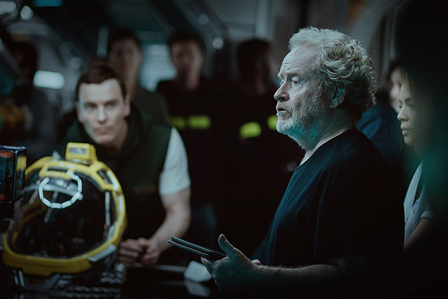 Exclusive: Michael Fassbender Talks His New Alien: Covenant Robot Walter