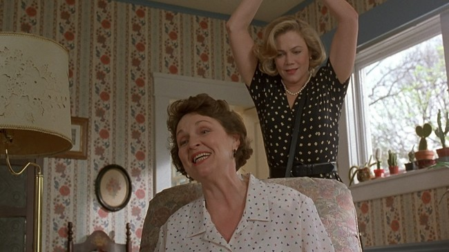 Serial Mom Stabs Onto Blu-ray