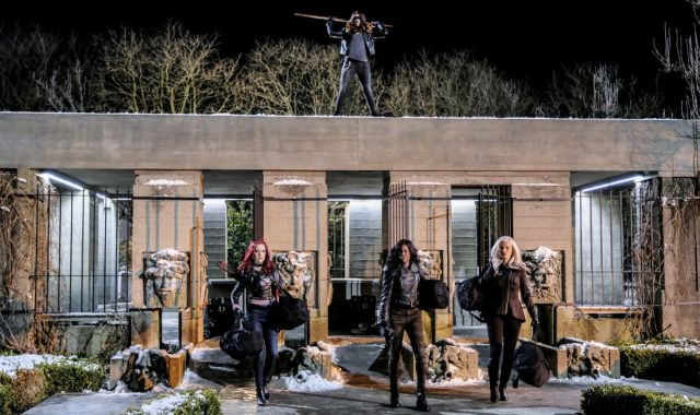 The Female Villains Assemble in Arrow's The Sin-Eater Photos