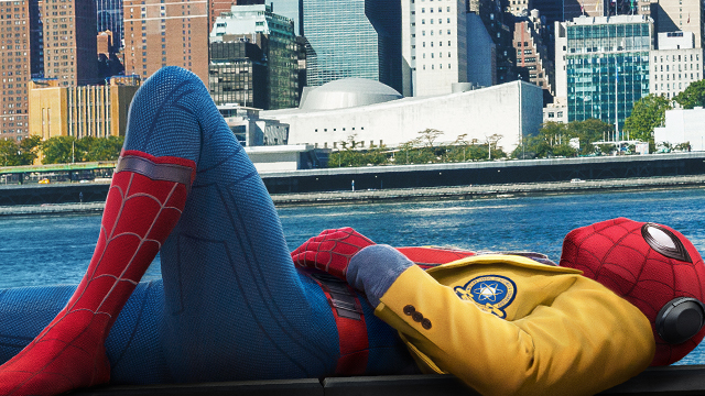 Take a look inside the Sony CinemaCon presentation, including a rundown of new footage from Spider-Man: Homecoming, Blade Runner 2049 and Jumanji!