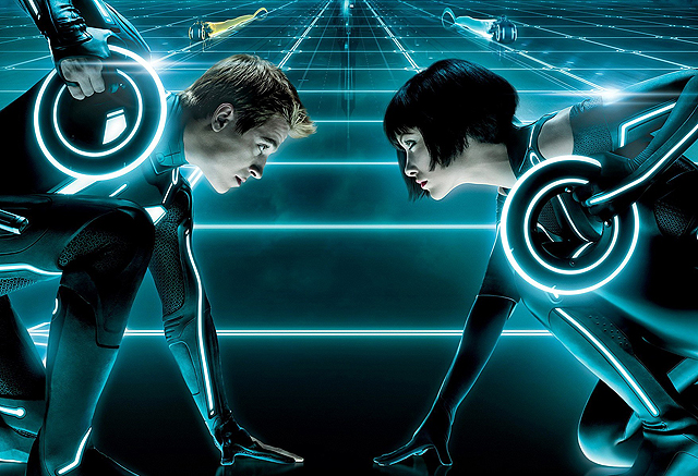 Tron 3 Story Teased by Joseph Kosinski, Says Sequel Isn't Dead