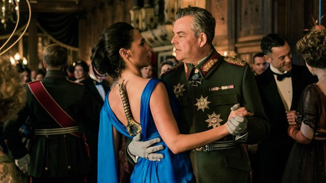 Ludendorff danny huston on his wonder woman foe for Michaels chicago woman