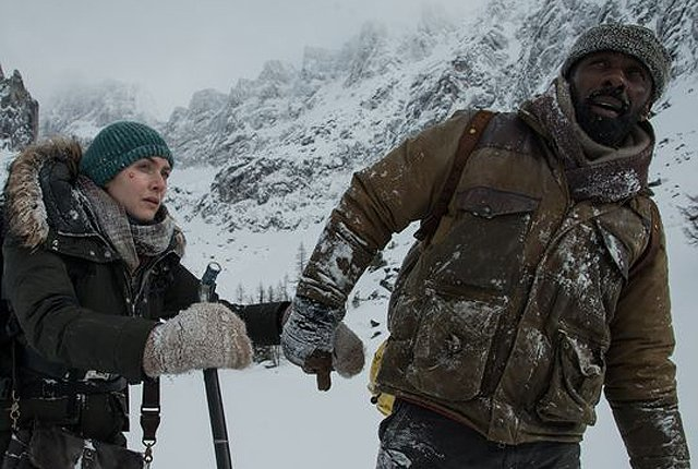 First Look at Elba and Winslet in The Mountain Between Us