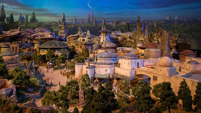 Disney Reveals Star Wars Land Model at D23 Expo 2017!