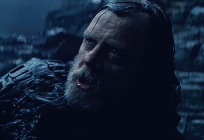 Mark Hamill Clarifies Dark Side Luke in The Last Jedi