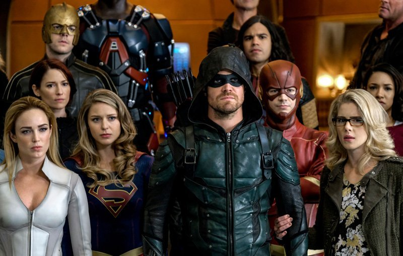 Check out a behind-the-scenes video from The CW for their superhero team up crossover, Crisis on Earth-X