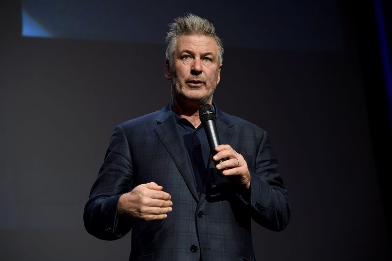 ABC will air a sneak peek of Sundays with Alec Baldwin right after the Oscars