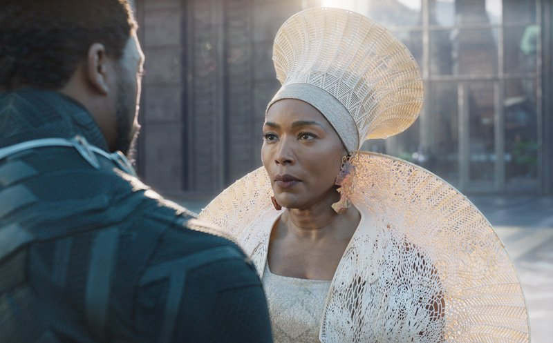 Black Panther Interviews with Bassett, Serkis, Kaluuya and More
