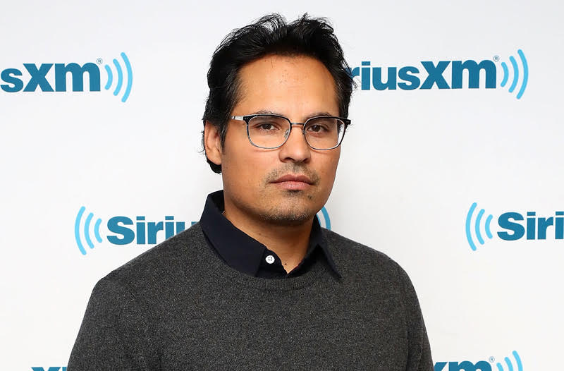 Michael Pena & Lizzy Caplan Thriller Extinction Bought by Netflix