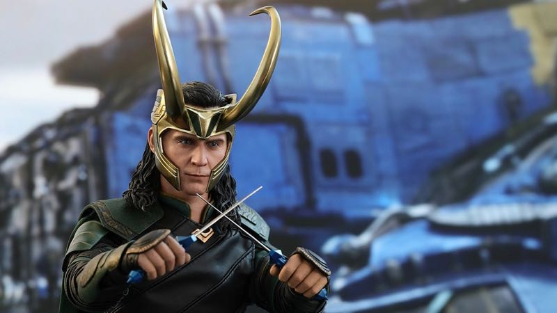 Loki Hot Toy from Thor: Ragnarok Revealed