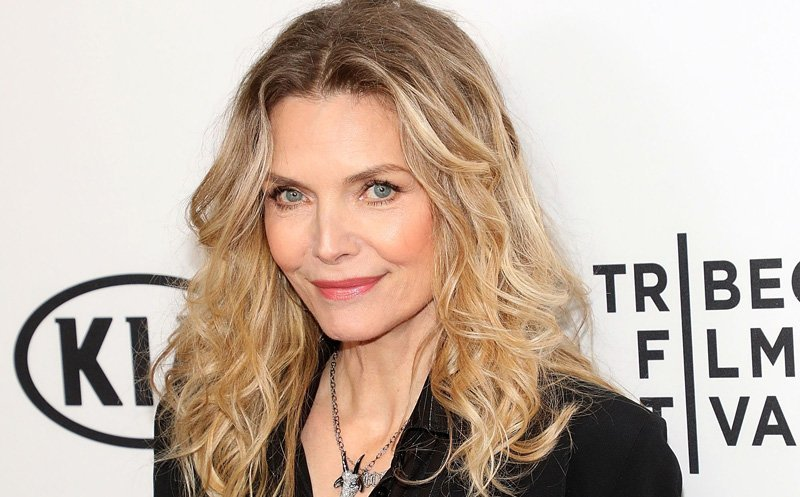 Michelle Pfeiffer may join Angelina Jolie in 'Maleficent 2'