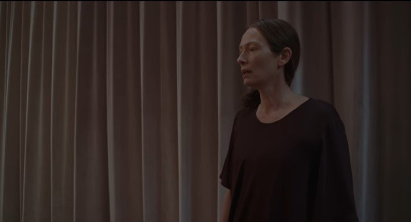 New Suspiria Clip Highlights Tilda Swinton's Coaching Methods