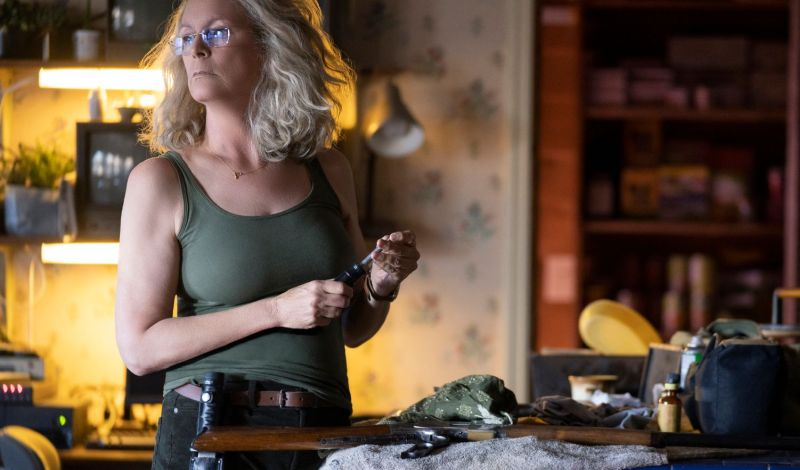 Laurie Is Ready To Face Michael in New Halloween Photo