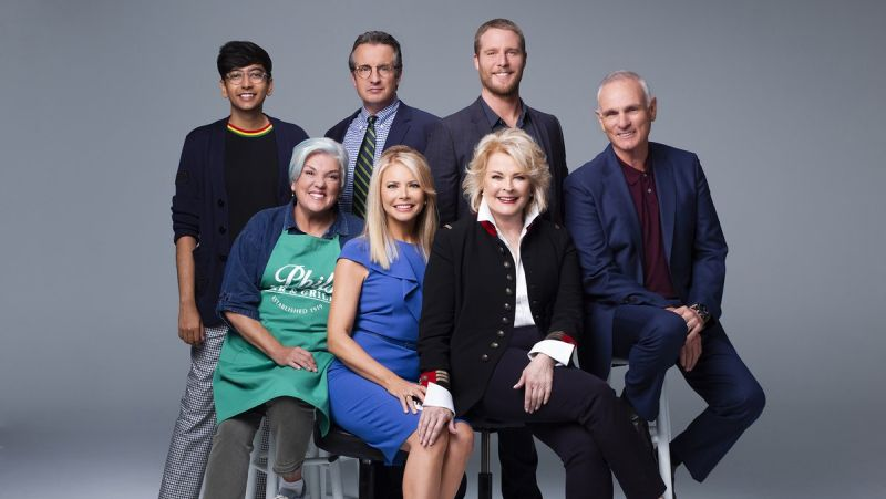 First Look: Reunited Murphy Brown Cast Comes Together at First Table Read