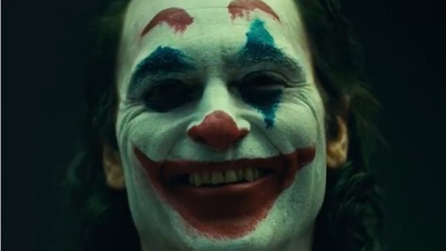 See the Joker Smoking through the Subway in New Set Video