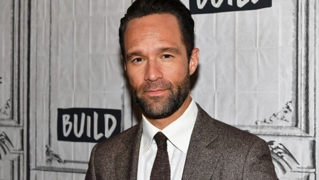 The Middle Spinoff Adds Chris Diamantopoulos as a Series Regular