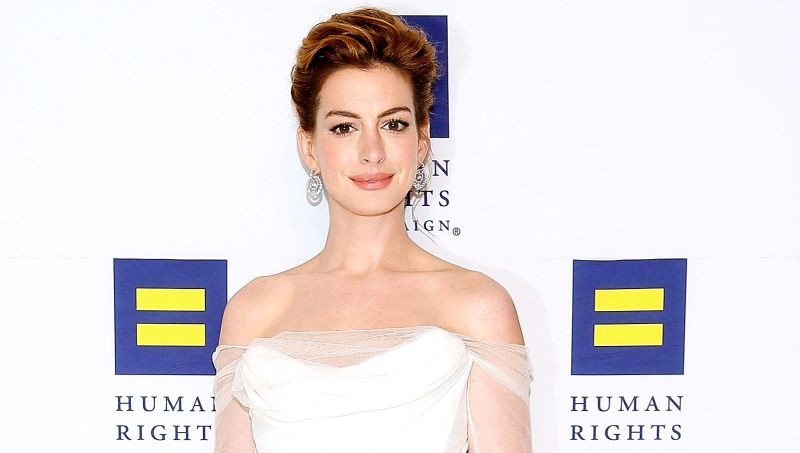 Anne Hathaway May Head Down Sesame Street for Warner Bros.