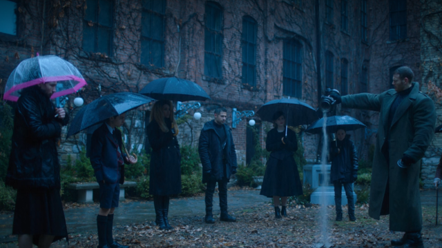 The Umbrella Academy Season 1 Episode 1