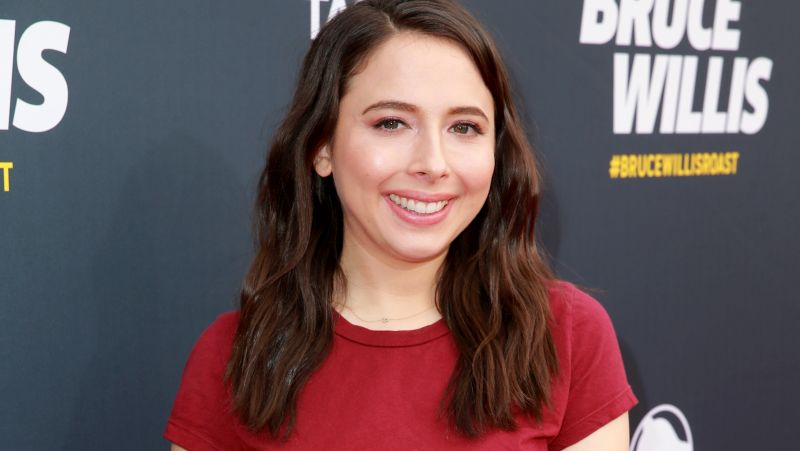 Hulu's Dollface Enlists Esther Povitsky For Co-Lead