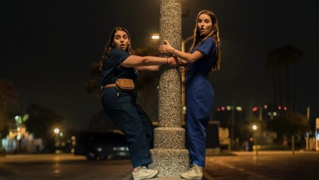 New Booksmart Featurette Highlights Friendship Between Molly and Amy