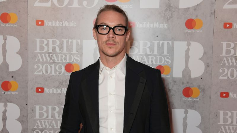 Diplo, Bill Pullman and Eddie Izzard Join Musical Comedy Covers