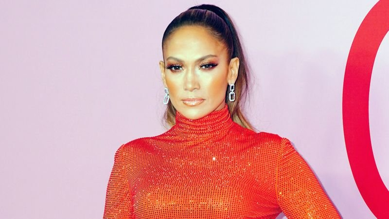 STX and Jennifer Lopez Reteaming for Gangster Drama The Godmother