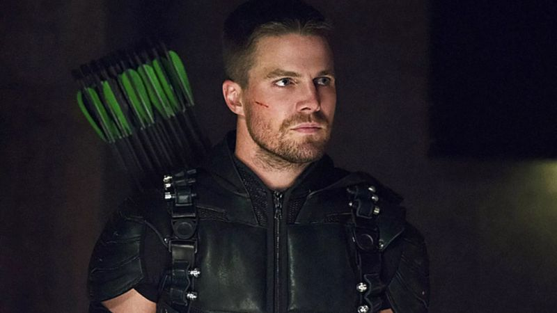Stephen Amell to Star in Wrestling Drama Heels for Starz