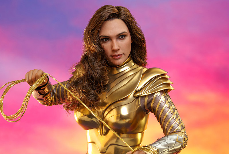 Hot Toys Unveils Wonder Woman 1984 Golden Armor Figure!