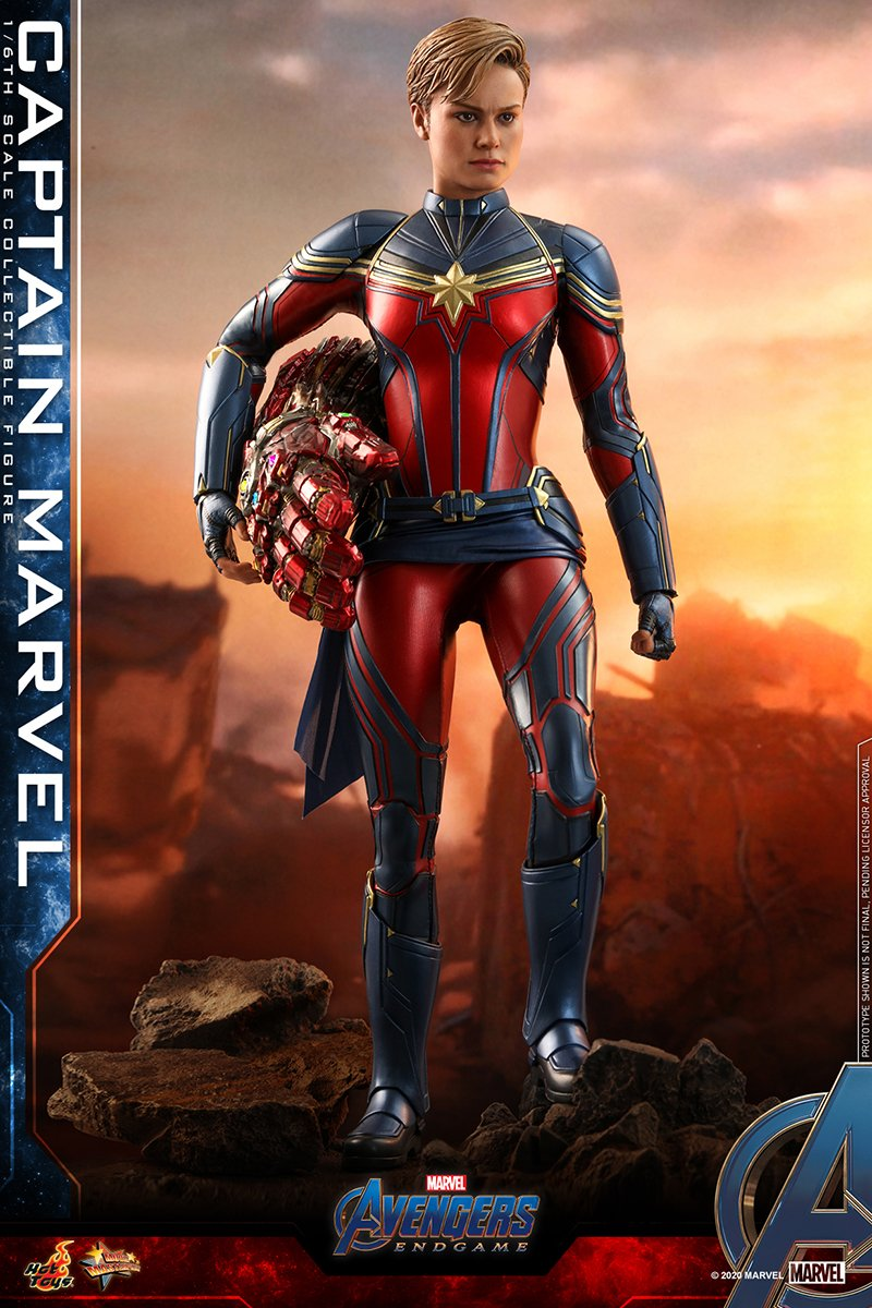 hot-toys-a4-captain-marvel-collectible-figure_pr1