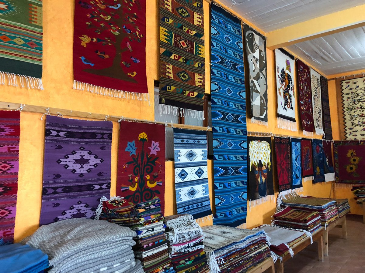 Teotitlán del Valle Tour with Master Weaver Nelson Perez