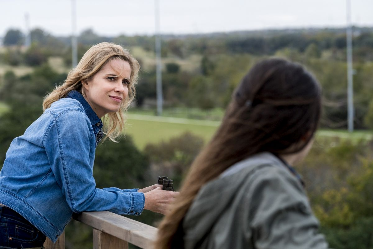 Kim Dickens as Madison Clark, Alexa Nisenson as Charlie - Fear the Walking Dead _ Season 4, Episode 2 - Photo Credit: Richard Foreman, Jr/AMC