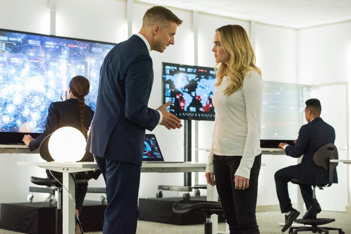 DC's Legends of Tomorrow Episode 3.01